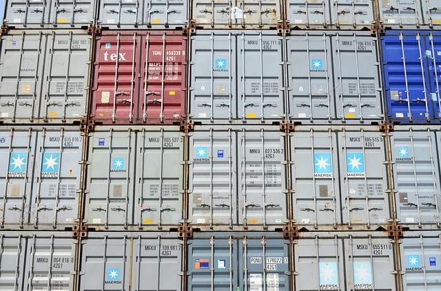 Transport kontenera koleją